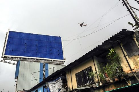 Dodging Mumbai's Monster Billboards Adds to Air India Woes