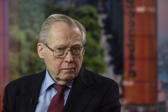 The 'Warren Buffett of Bonds' Is Stepping Back From Fund Management
