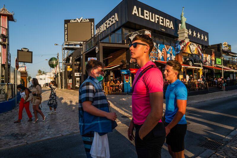 Włączenie do zielonej listy w Portugalii sprawia, że turyści wracają do regionu Algarve