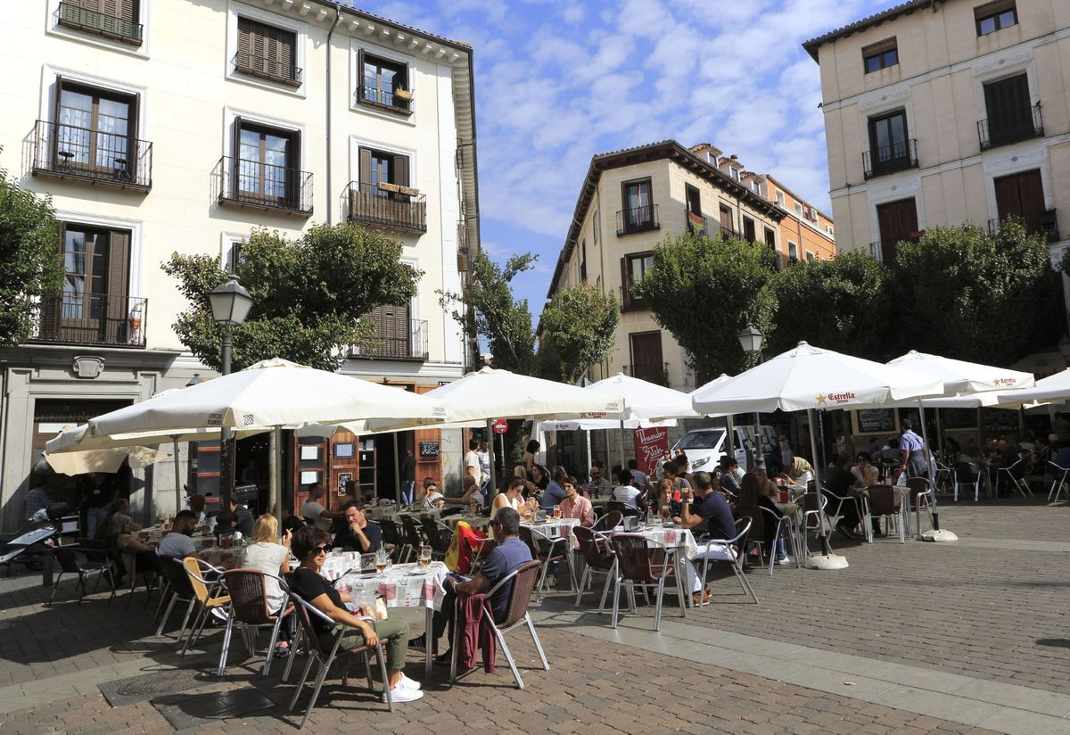 A Trendy Corner of Madrid Lays Bare the Flaw in Europe Inflation