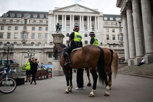 1470376336_bank of england