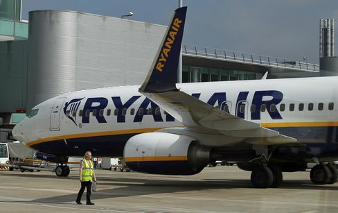 Ryanair Loses EU Top Court Fight Against Alitalia Italian Loan