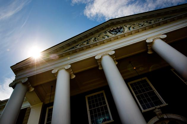 10. Harvard University