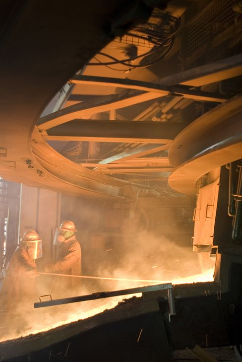 Lonmin on the Precipice of a Labor Strike as Union Ruling Looms