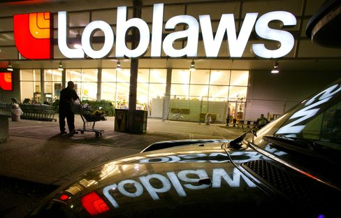 Loblaw Investors Back Move to REIT From Grocer