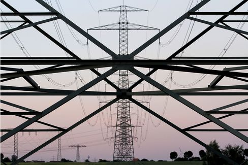 German Industry Wants End of Feed-in Tariff on Rising Power Cost