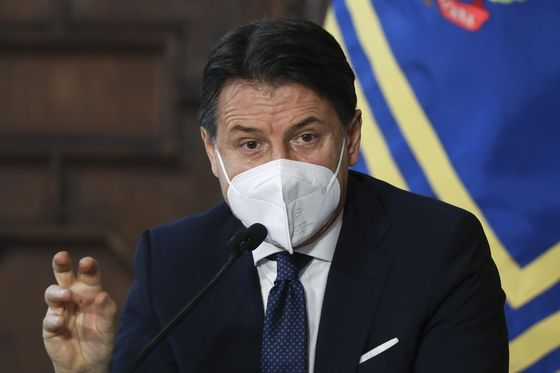 Italy's Conte Heads for Showdown With Key Ally Ready to Quit