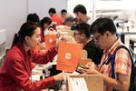 Xiaomi Corp. Mi 8 Smartphones Go On Sale in Hong Kong Ahead of IPO