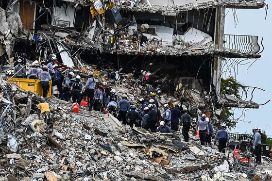 Miami Building Collapse Sows Fear Among City's Condo Owners