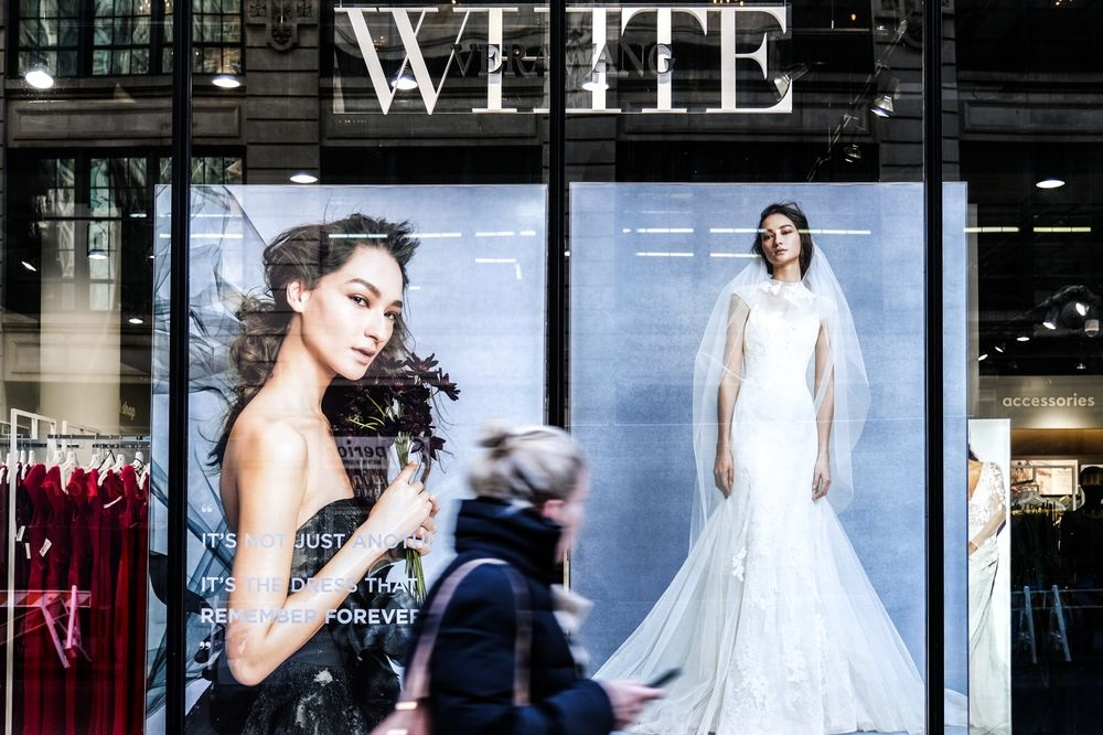 david s bridal files for bankruptcy with plan to stay open bloomberg