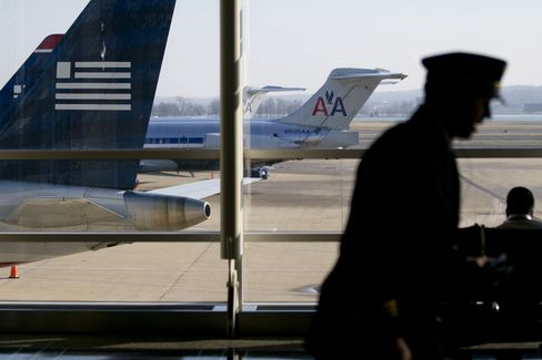 AMR-US Airways Deal Said to Be Subject of U.S. Antitrust Suit