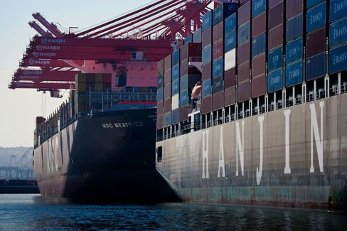Trade Deficit in the U.S. Widened in August as Exports Dropped