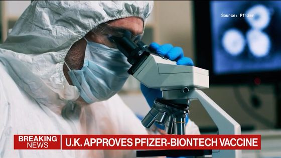 U.K. Clears Pfizer Covid Vaccine for First Shots Next Week