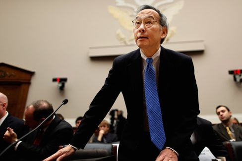Steven Chu Is Looking for Suitors for Energy Startups