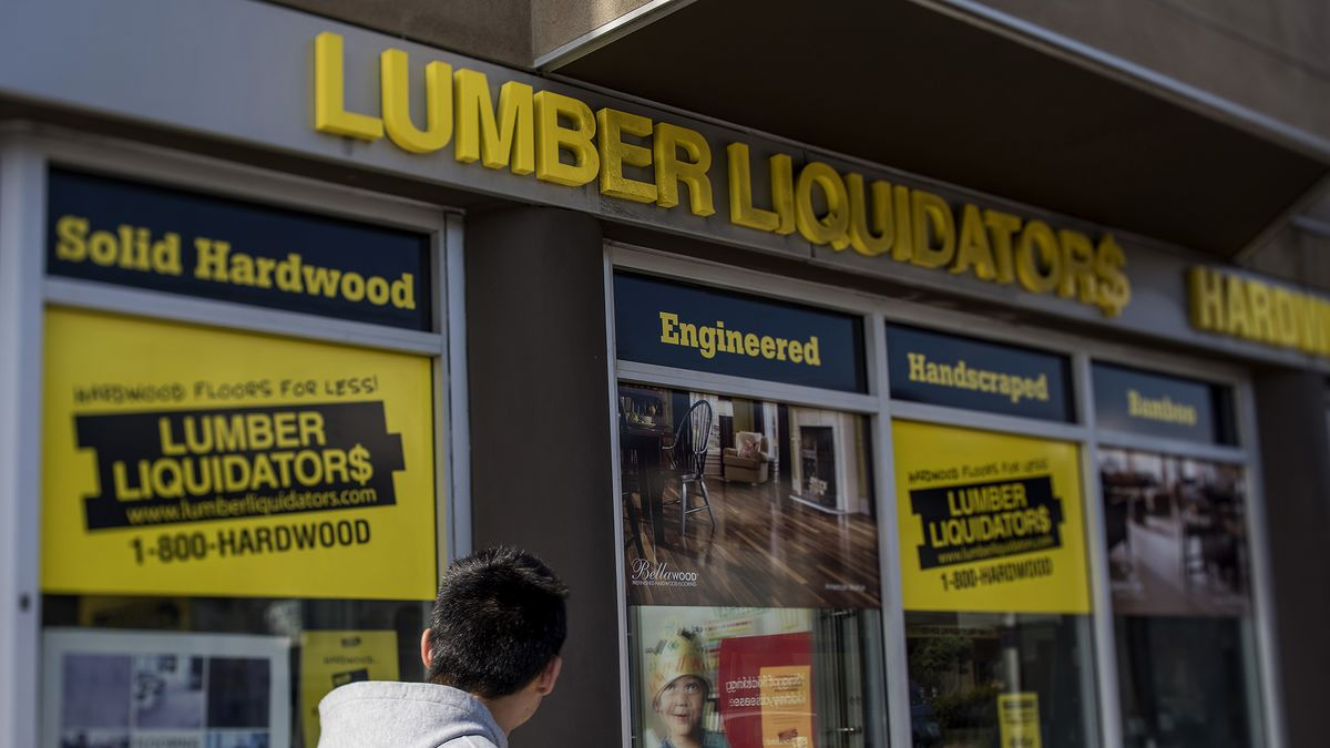 Lumber Liquidators Plunges After CDC Raises Flooring Cancer