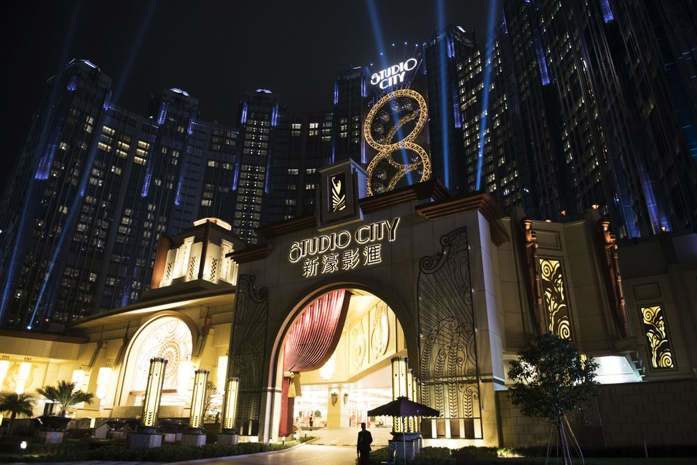 Studio City Resists Macau Slump With Analysts Gearing Up for Coverage