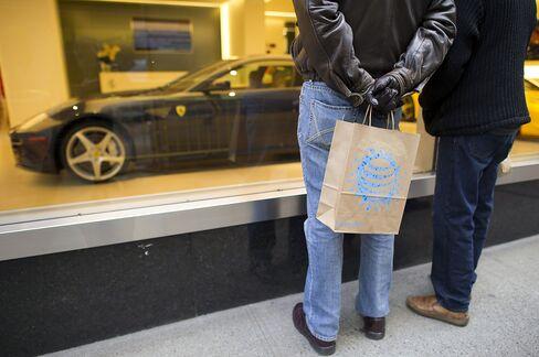 U.S. Consumer Spending Stagnates After Adjusting for Inflation