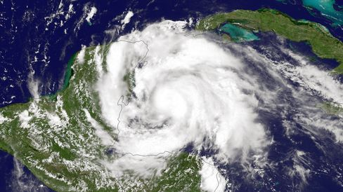 Ernesto Weakens on Path Over Mexico's Yucatan to Bay of Campeche