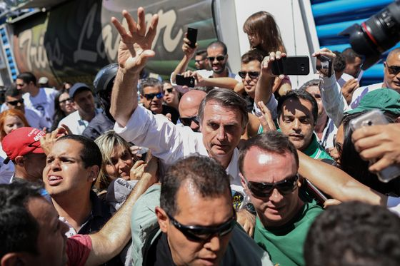 Farm Deregulation Puts Bolsonaro on Collision Course With Commodity Buyers