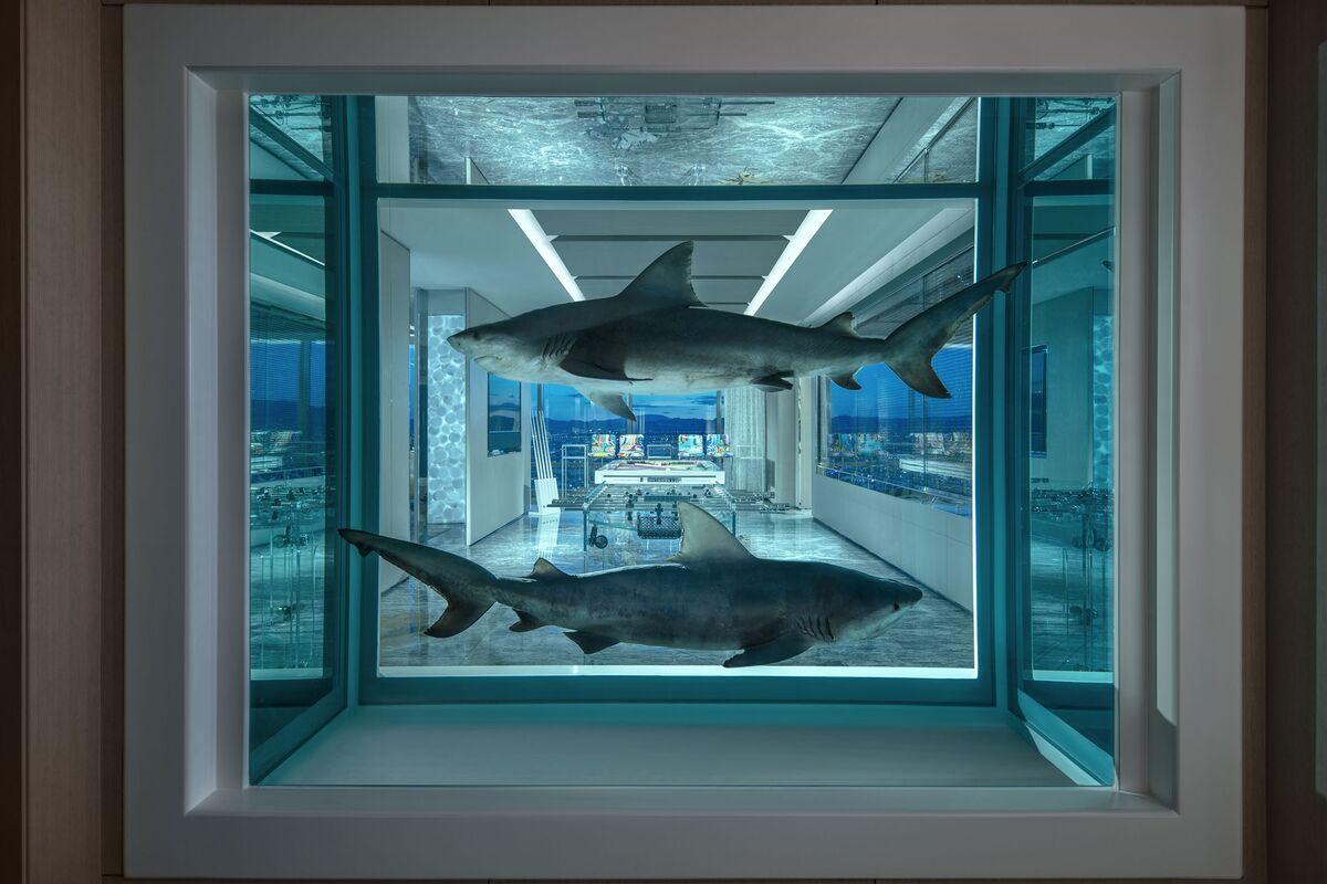 Look Inside Damien Hirst's $100,000-per-Night Suite in Las Vegas