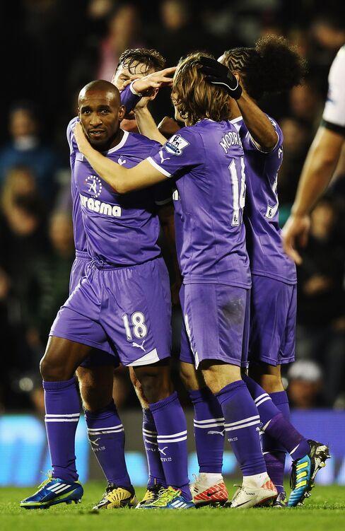 Tottenham Beats Fulham 3-1 to Extend Unbeaten League Run
