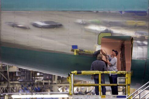 Boeing Cargo-Jet Orders Vanish Amid Air-Shipments Slump