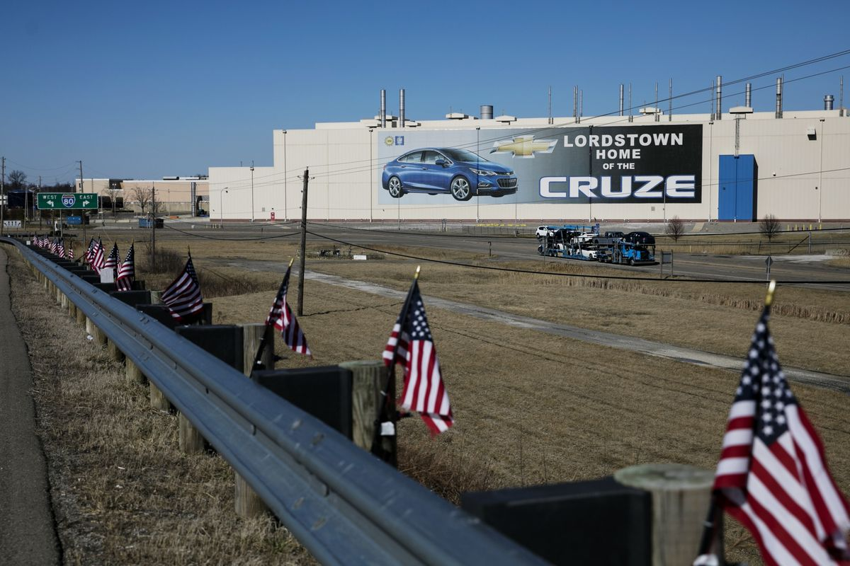 GM's Idled Ohio Plant Staying a Symbol for Trump Attacks