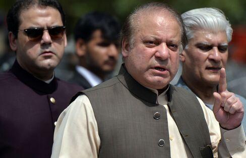パキスタン首相を辞職したシャリフ氏