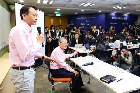 Acer CEO Jason Chen & Chairman Stan Shih