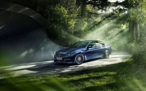 BMW will show a new, high-performance Alpina B7 xDrive similar to the one seen here.