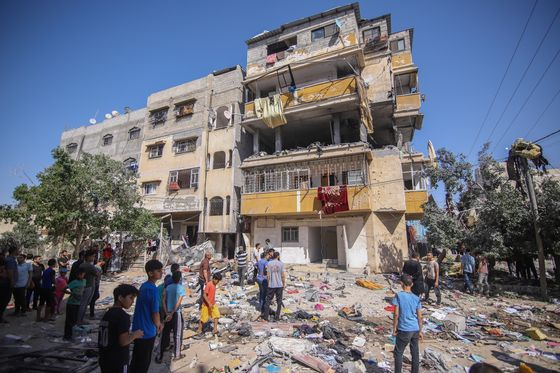 Israel, Hamas Fighting Intensifies as Biden Calls for Calm