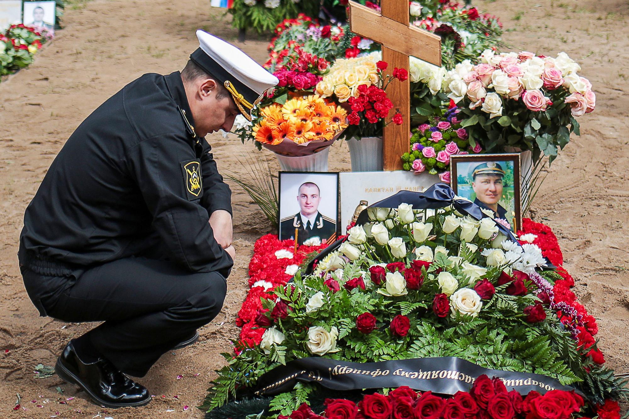 Stricken Russian Nuke Sub Crew Prevented 'Planetary Catastrophe'