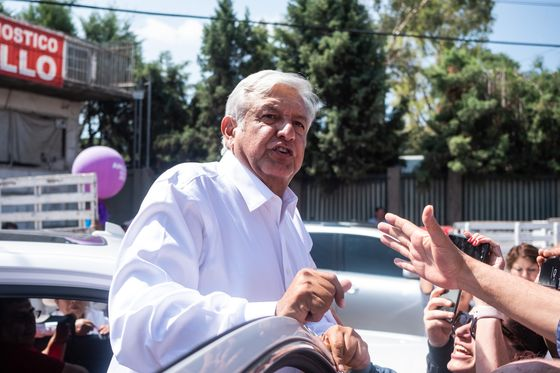 33 Days Before AMLO's Inauguration, Investors Are Fleeing Mexico