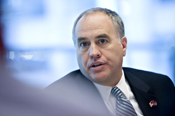 Man Behind New York's $209 Billion Fund Running to Keep His Job
