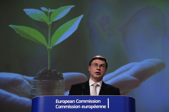 EU Eyes 'Re-Engineering' of Global Finance With Green Standards