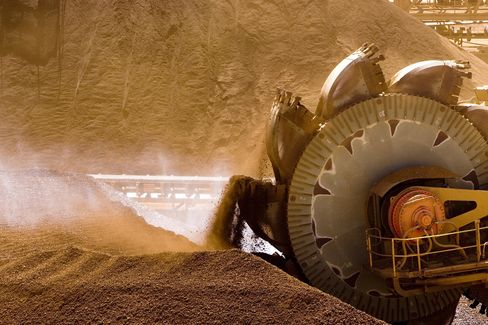 Iron Ore's Worst Rout in 15 Months May Deepen as China Slows
