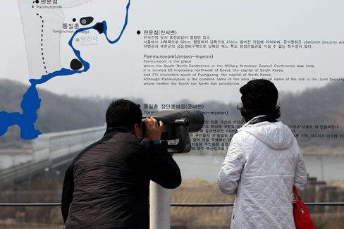 China's Xi Warns Against Regional Chaos Amid Korea Tensions