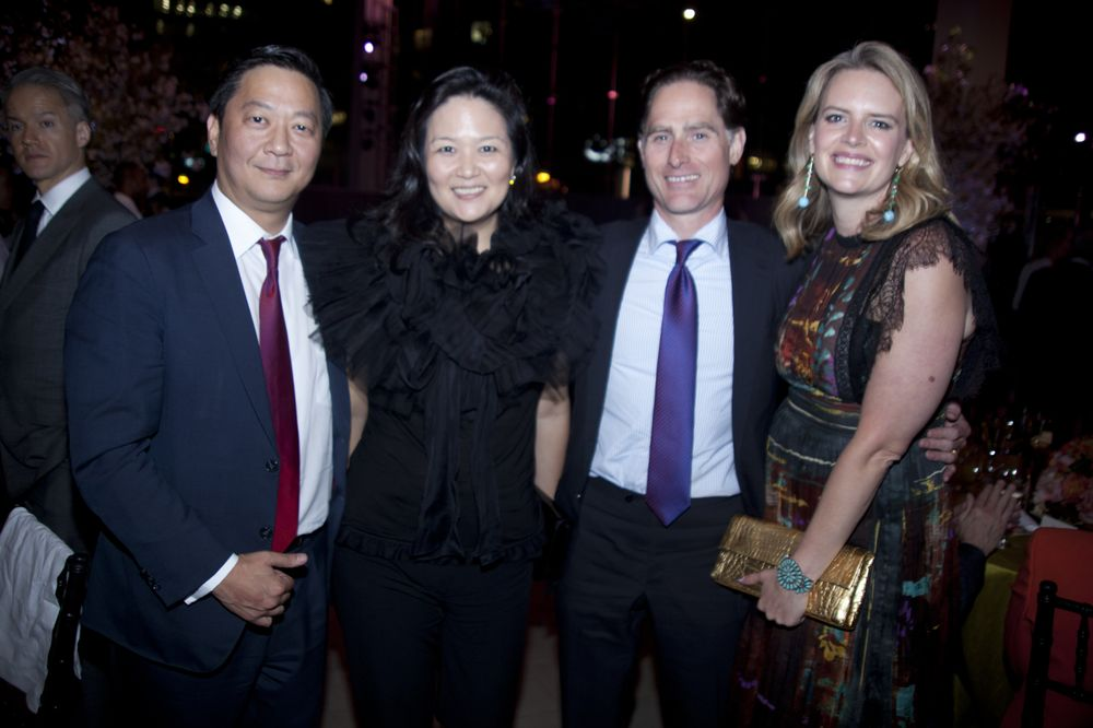 Wall Street Kings Meet Mother of Dragons at NYC gala - Bloomberg