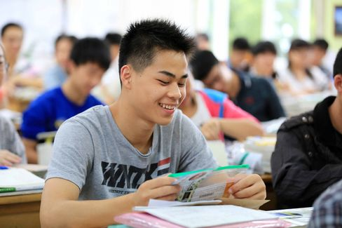 Students take the 2014 college entrance exam in China, in Rongan, southwest China's Guangxi province on June 7, 2014.