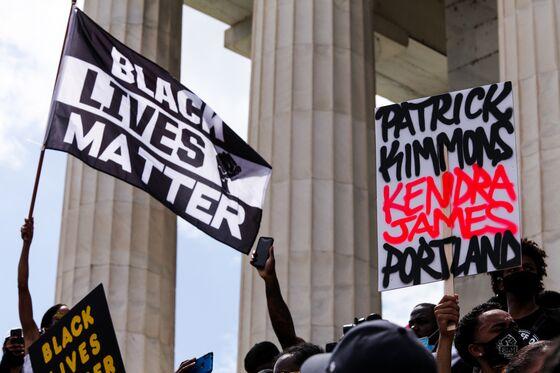 Barr Slams 'Black Lives Matter,' Compares Lockdown to Slavery