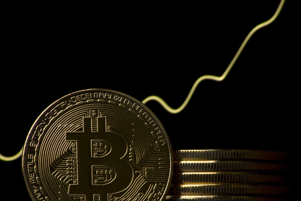 A Strategy for When to Sell Bitcoin - Bloomberg